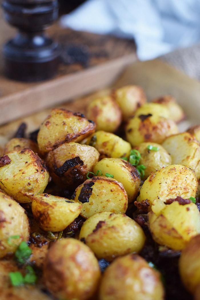 Gebackene Kartoffelhaelften mit Rosmarin - Baked Potato Skins with rosemary (10)