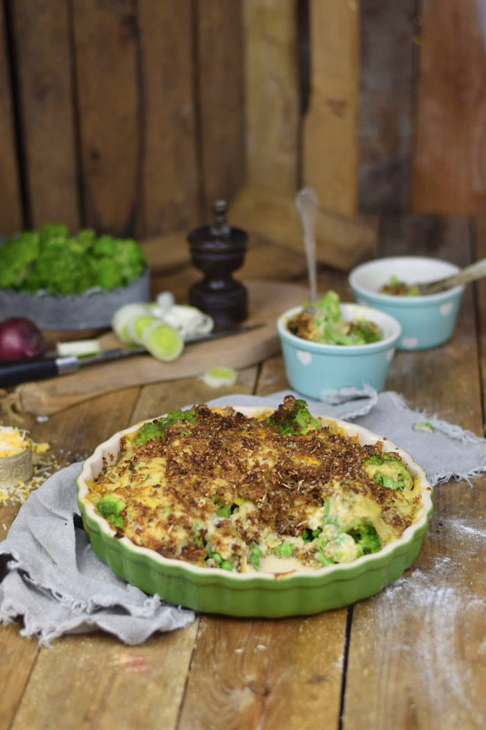 Knuspriger Brokkoli Auflauf - Broccoli Gratin with a crunchy crust (16)