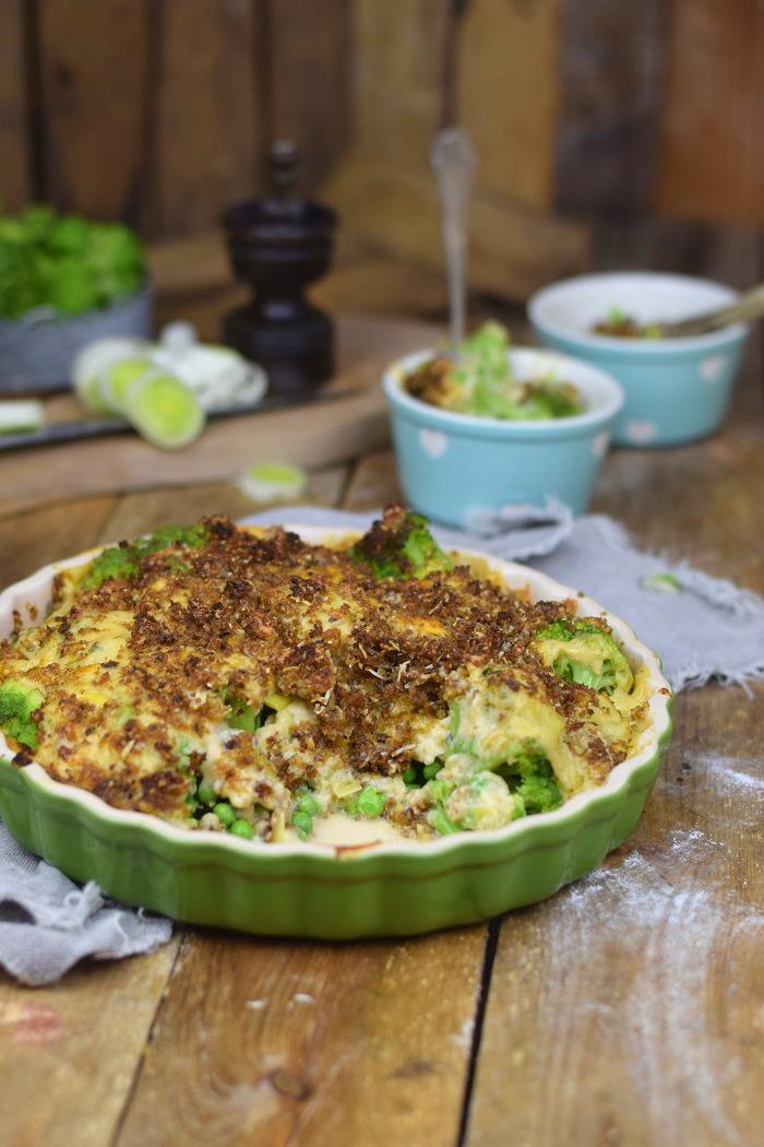 Knuspriger Brokkoli Auflauf - Broccoli Gratin with a crunchy crust (9)