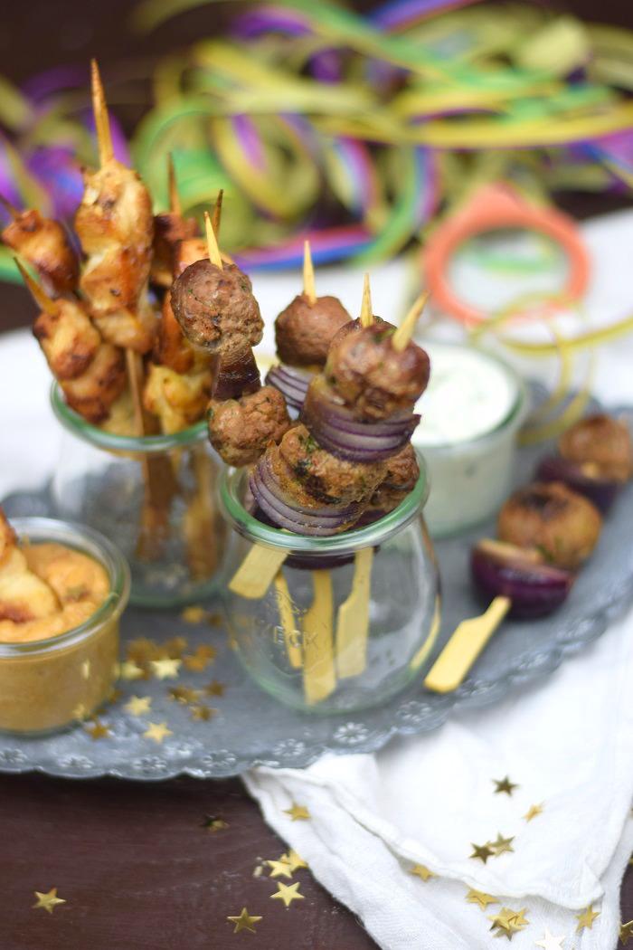 Raclette Spieße - Meatballs - Chicken Satay (7)