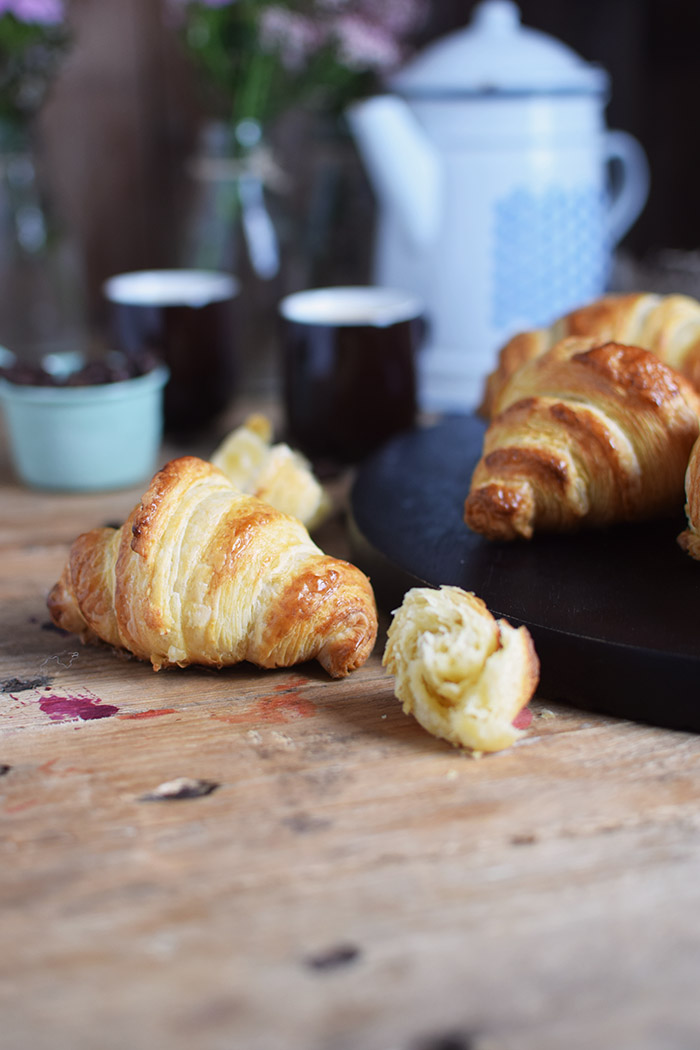Croissants - Breakfast - Fruehstueck (2)