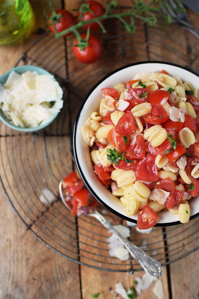 Bruschetta Pasta Salat - Bruschetta Pasta Salad (10)