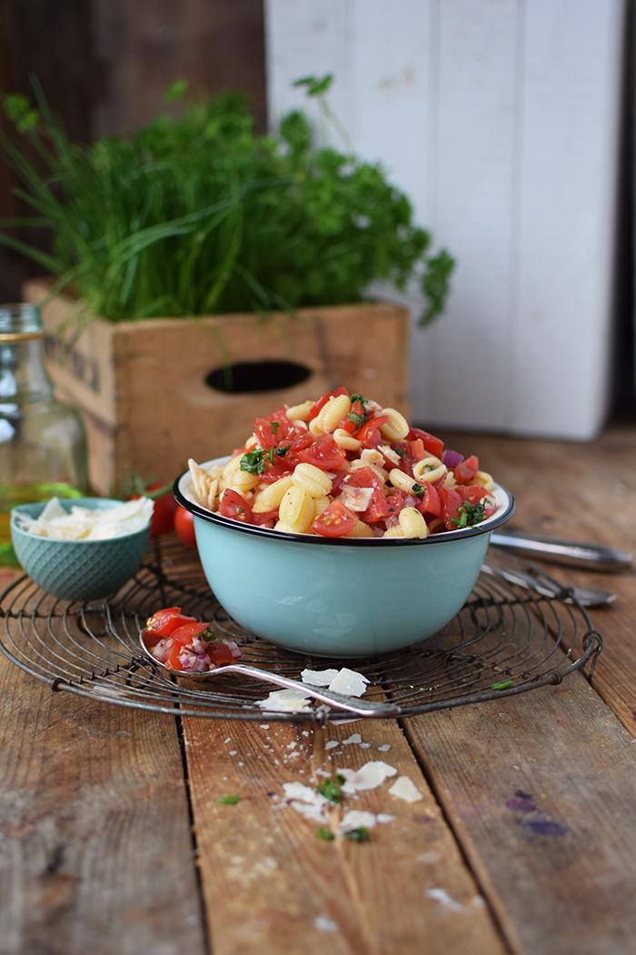 Bruschetta Pasta Salat - Bruschetta Pasta Salad (6)