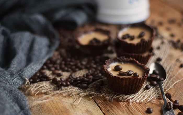 Cookie Cups mit Kaffee oder Vanille Panna Cotta