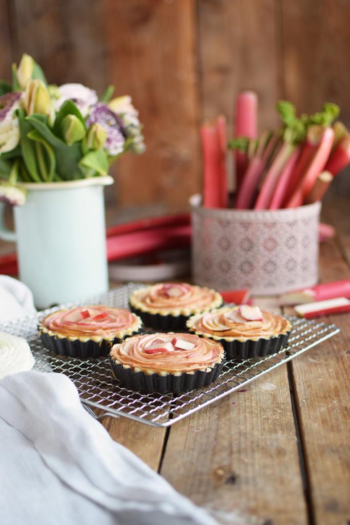Apfel Rhabarber Rosen Tarte - Apple Rhubarb Rose Tart (21)