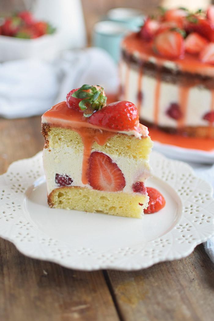 Erdbeertorte Quarktorte - Kaese Sahne Torte mit Erdbeeren - Strawberry Cake (28)