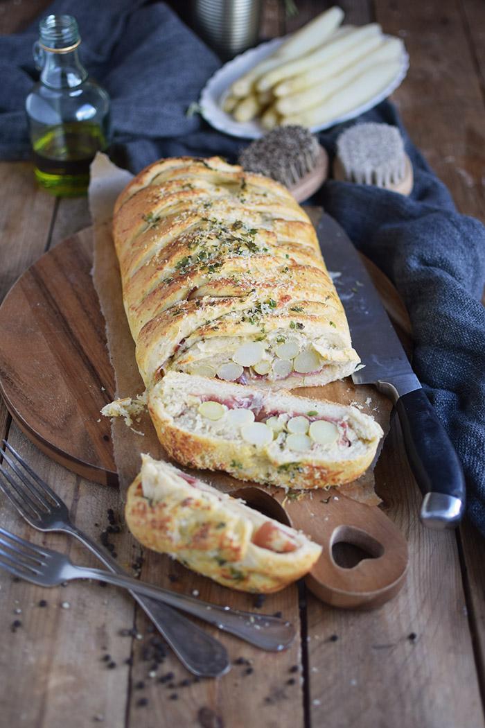 Spargel Stromboli mit Schinken - Asparagus braided bread with ham (2)