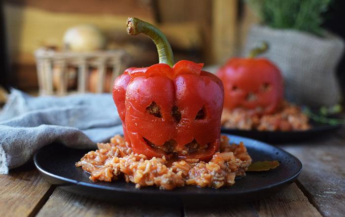 Gefüllte Paprika oder Tomaten mit Hack oder Vegetarisch