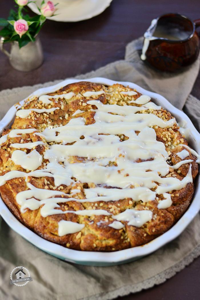 Marzipan Apfel Schnecken mit Marzipansauce