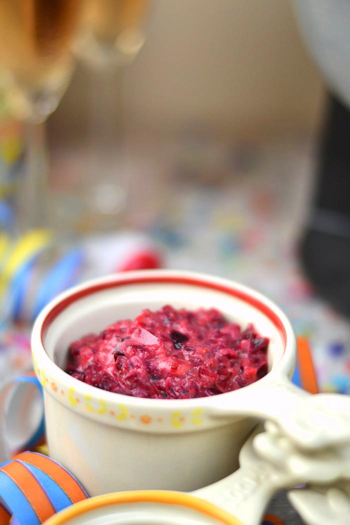 Fondueabend mit Pinwheels Pops Kartoffelsalat und Dips Cranberry Erdnuss Feta und Curry 7-1