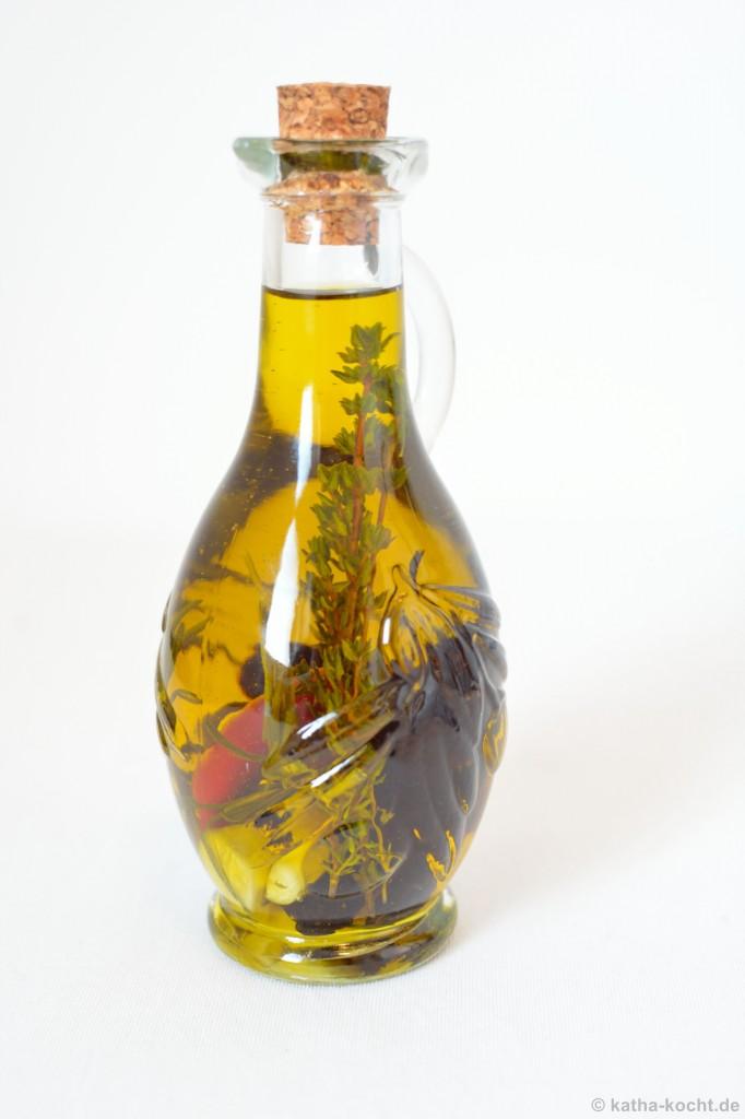 Kräuter-Knoblauch-Öl_2-Katha