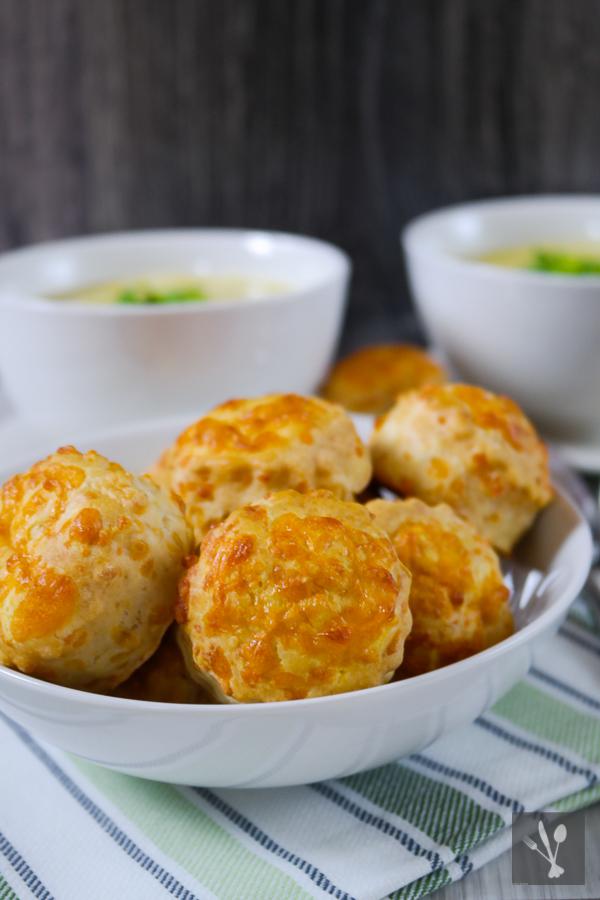 Maissuppe-mit-Käse-Scones