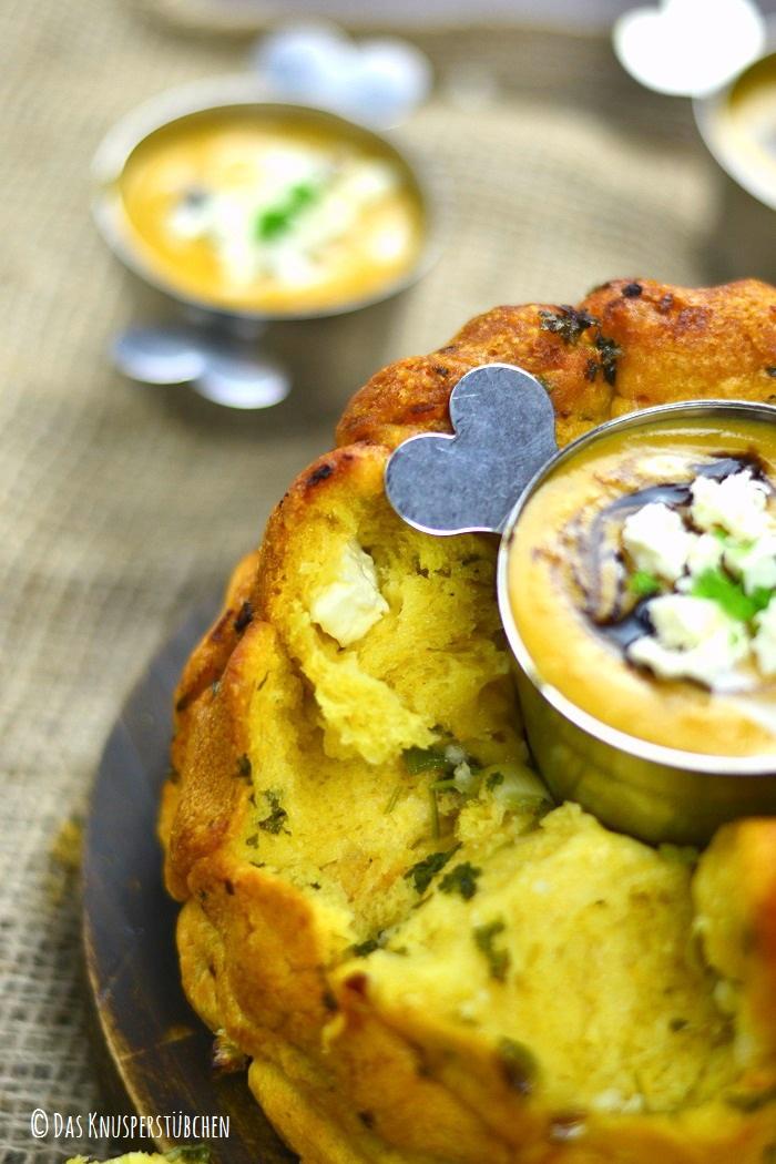 Monkey Bread mit Knoblauch Kräuterbutter und Feta 5-2