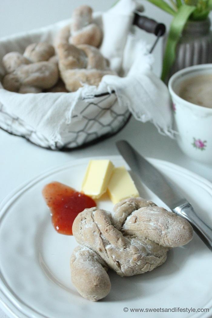 Roggen Broetchen Frühstück 2