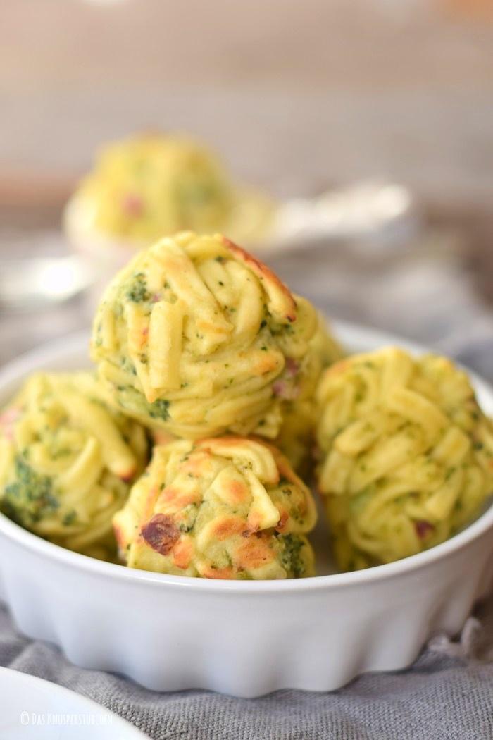 Spaetzle Carbonara Balls mit Brokkoli 10