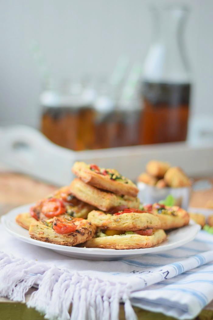 Blätterteig Selbstgemacht und Blätterteig Snack mit Tomaten und Basilikum 2