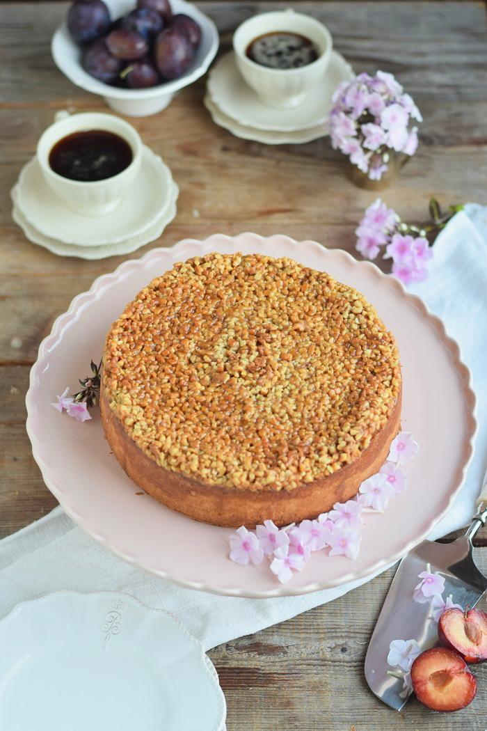 Mandel Karamell Joghurt Kuchen mit karamellisierten Pflaumen (7)