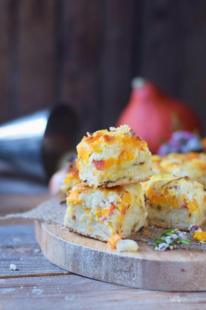 Zwiebelkuchen mit Kürbis - Onion Cake with pumpkin #food #dinnertime #dinner #herbst #fall (16)