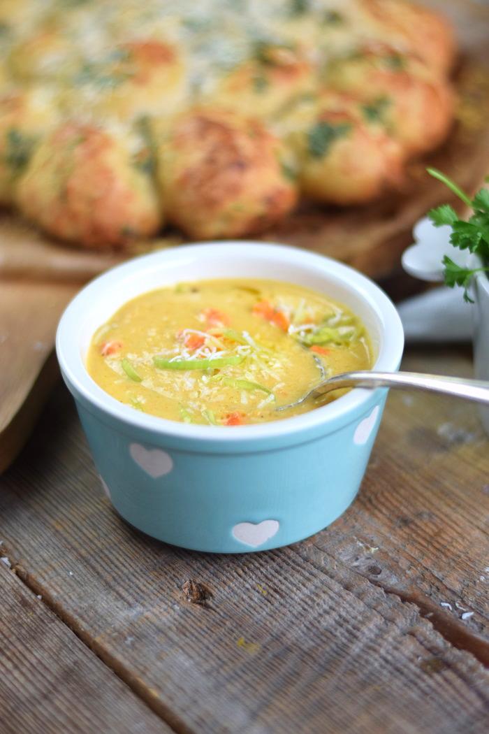 Parmesan Lauch Broetchensonne und Ofenmoehren Lauch Parmesan Suppe (20)