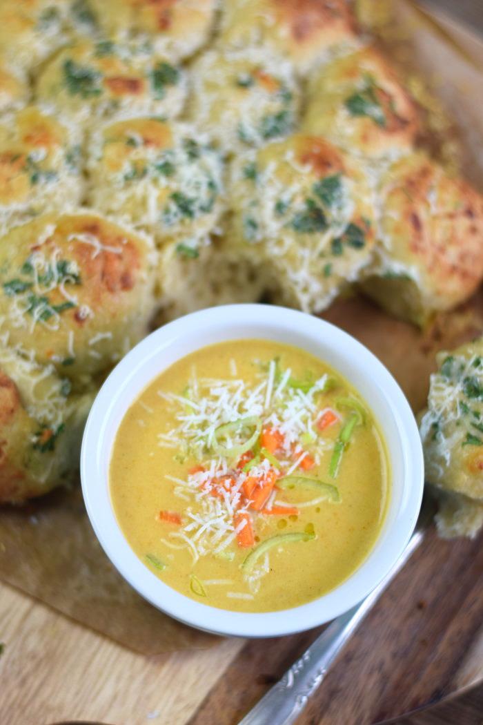 Parmesan Lauch Broetchensonne und Ofenmoehren Lauch Parmesan Suppe (29)