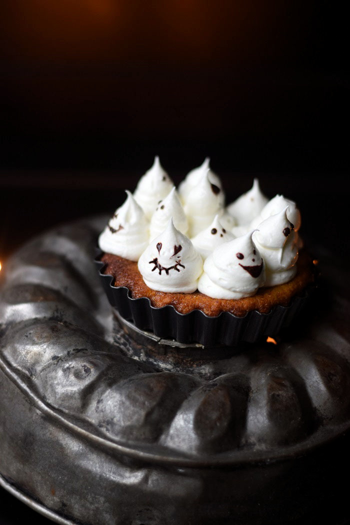 Pumpkin Ghost Pie