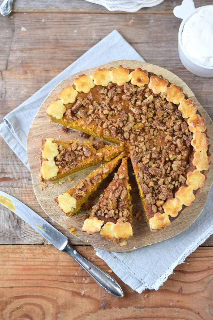 Pumpkin Pie with pekan crunch - Kürbis Pie mit Pekan Krokant Streuseln (16)