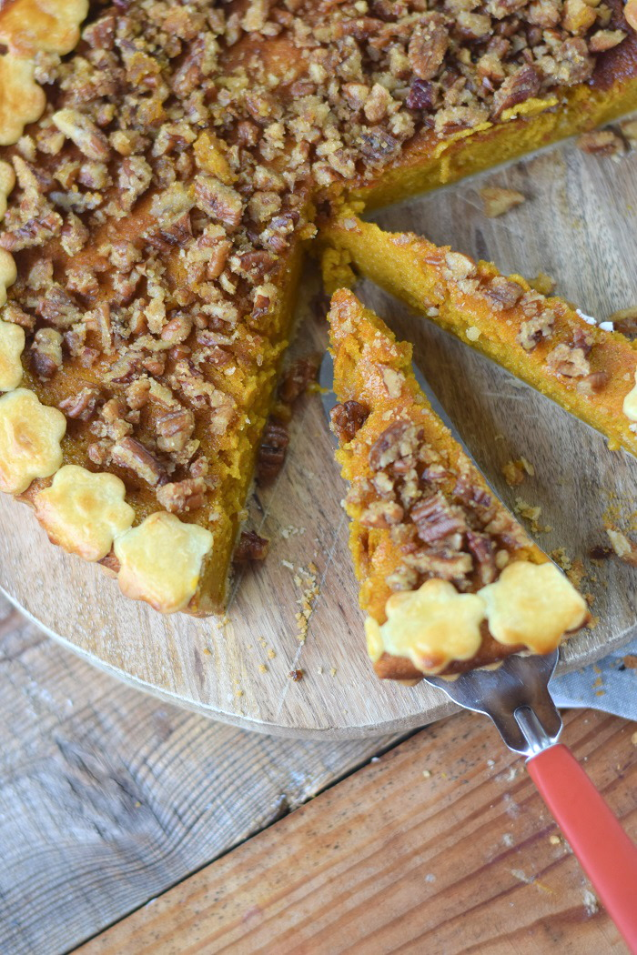 Pumpkin Pie with pekan crunch - Kürbis Pie mit Pekan Krokant Streuseln (18)