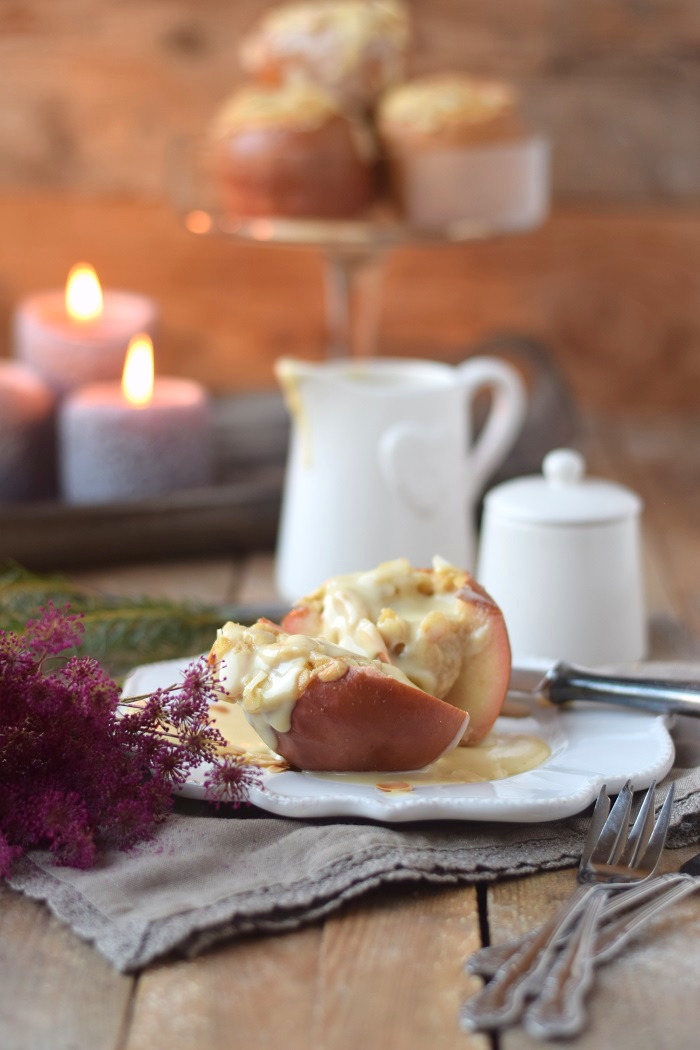 Bratapfel mit Marzipan Füllung und Marzipan Sauce - Baked Apple (20)