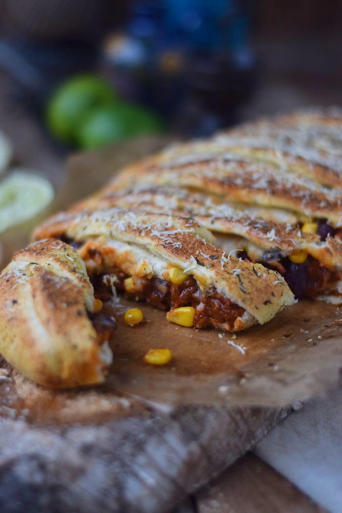 Enchilada Stromboli mit Chili con Carne (26)