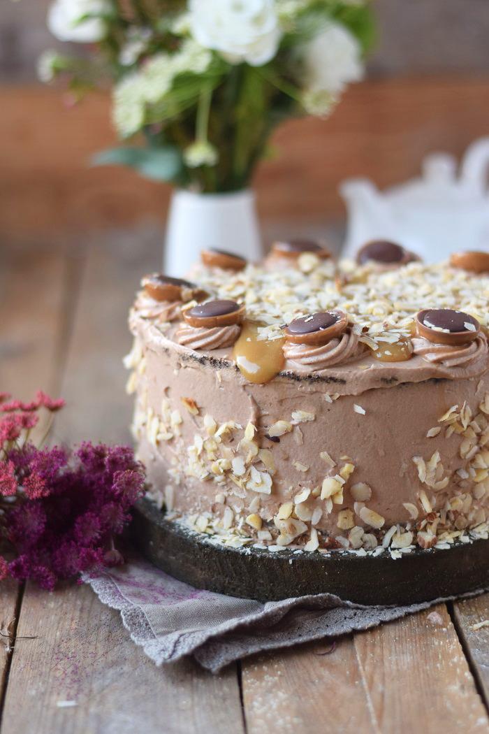 Karamell Nougat Haselnuss Toffifee Torte - Caramel Hazelnut Chocolate Cake (23)