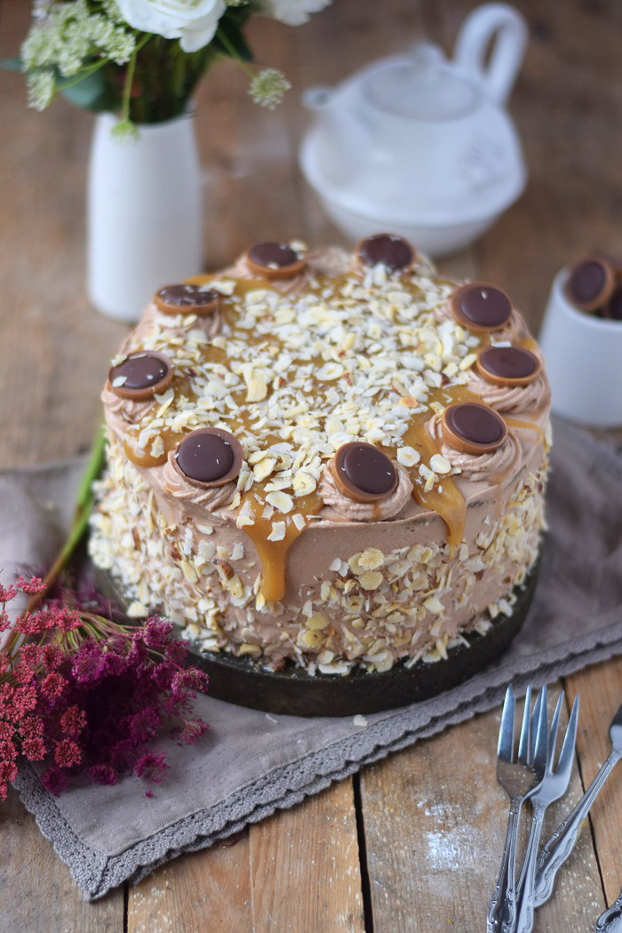 Karamell Nougat Haselnuss Toffifee Torte - Caramel Hazelnut Chocolate Cake (4)