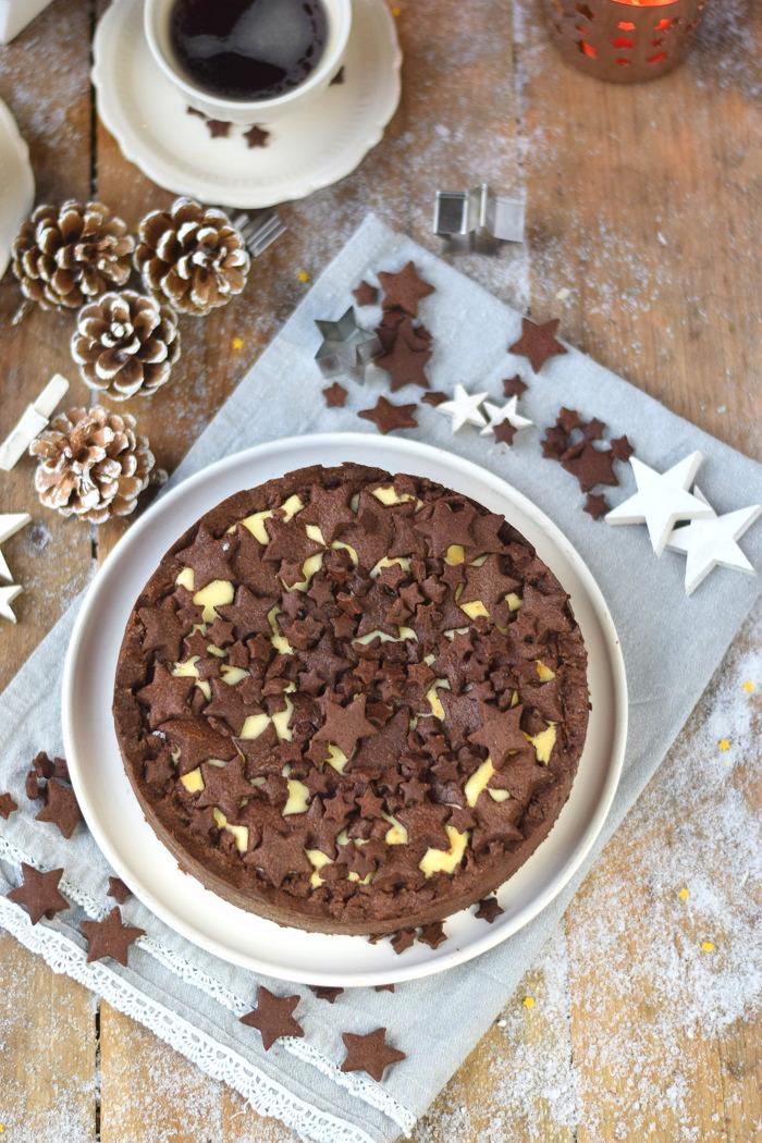 Winterlicher Weihnachtlicher Zupfkuchen mit Sternen (6)