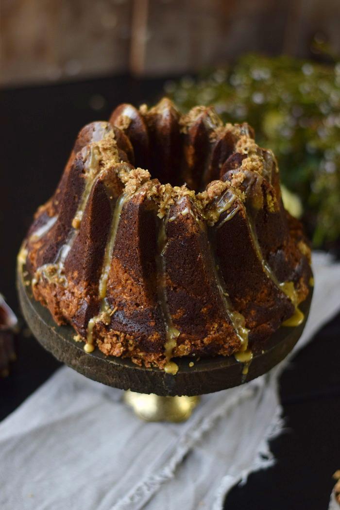 Wuerziger Kürbis Kuchen mit STreuseln - Pumpkin Spice Crumble Cake (5)