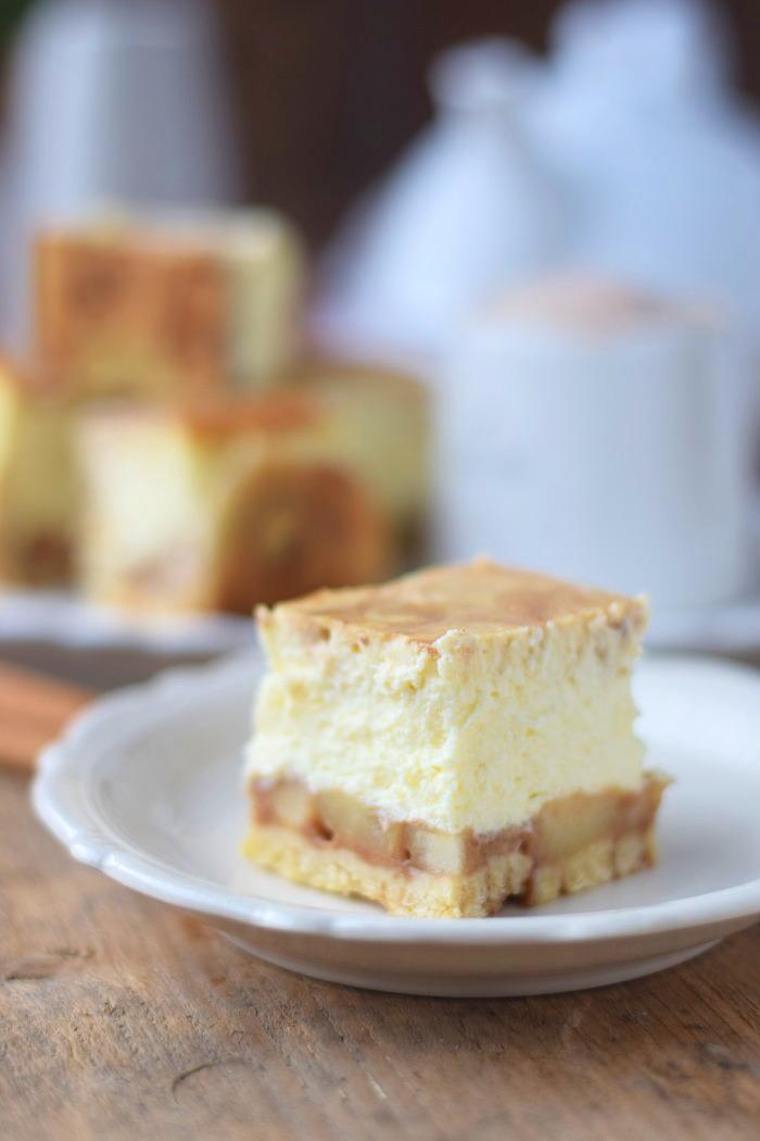 Zimtschnecken Cheesecake - Cinnamon Roll Cheesecake #cinnamonroll #cheesecake #zimtschnecken (2)