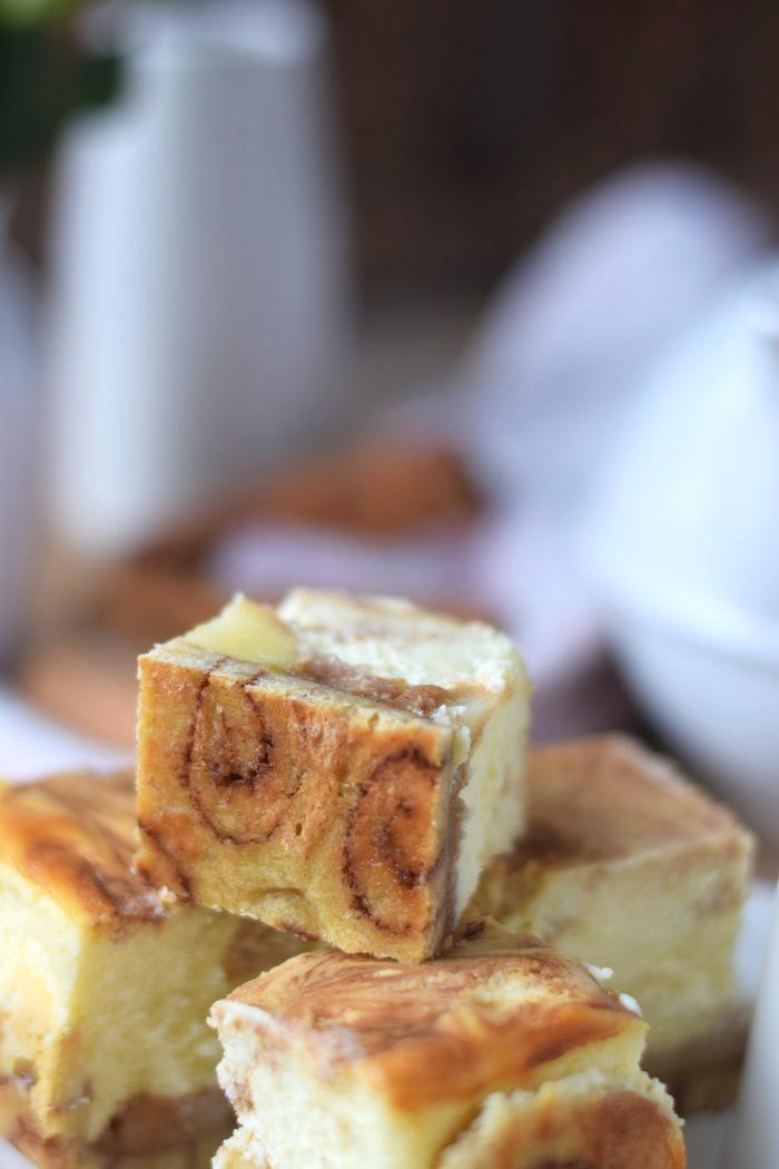 Zimtschnecken Cheesecake - Cinnamon Roll Cheesecake #cinnamonroll #cheesecake #zimtschnecken (5)