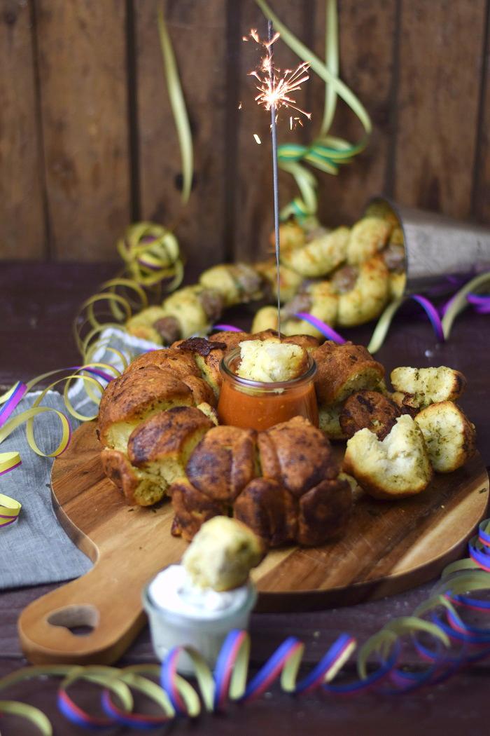Kräuter Monkey Bread mit Käse 2