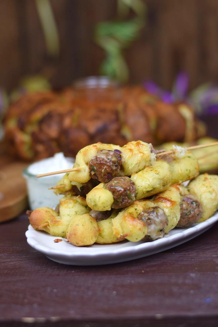 Meatball-Kraeuterbrot-Kaese-Sticks (7)