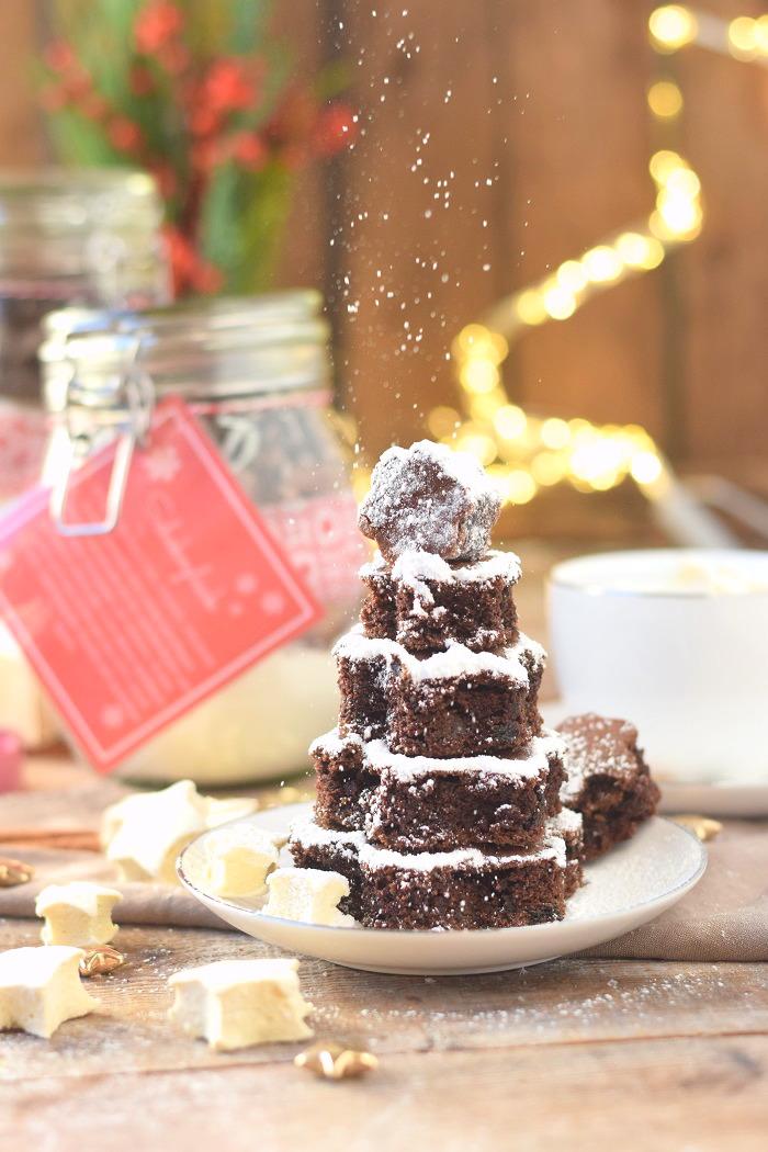 Schokokuchen mit Lieblingsschokolade und Zimt Marshmallows (2)