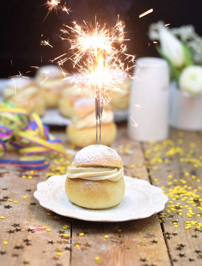 Semlor Schwedische Pfannkuchen mit Baileys Creme (14)