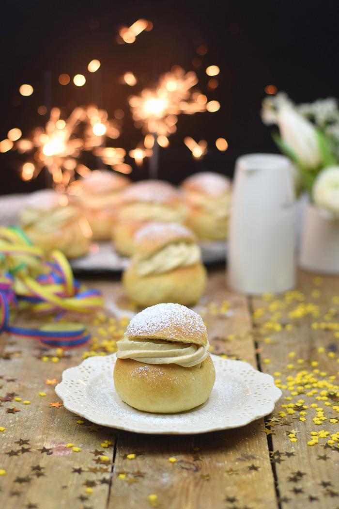 Semlor Schwedische Pfannkuchen mit Baileys Creme (19)