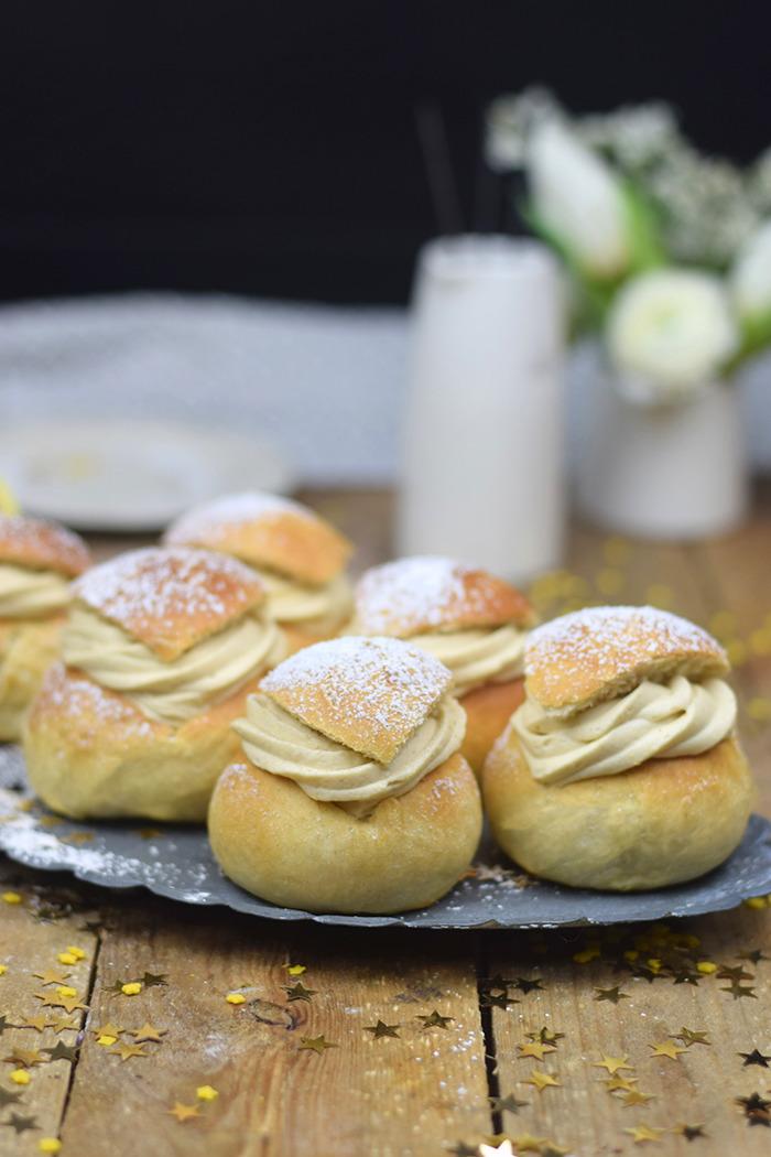 Semlor Schwedische Pfannkuchen mit Baileys Creme (22)