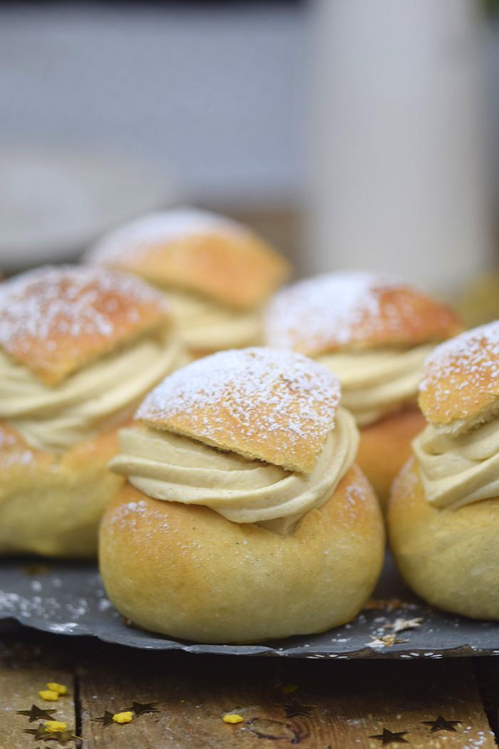 Semlor Schwedische Pfannkuchen mit Baileys Creme (23)