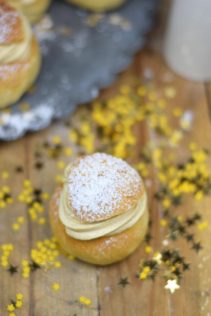 Semlor Schwedische Pfannkuchen mit Baileys Creme (26)