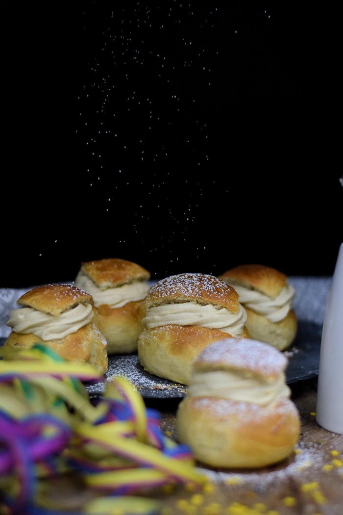 Semlor Schwedische Pfannkuchen mit Baileys Creme (4)