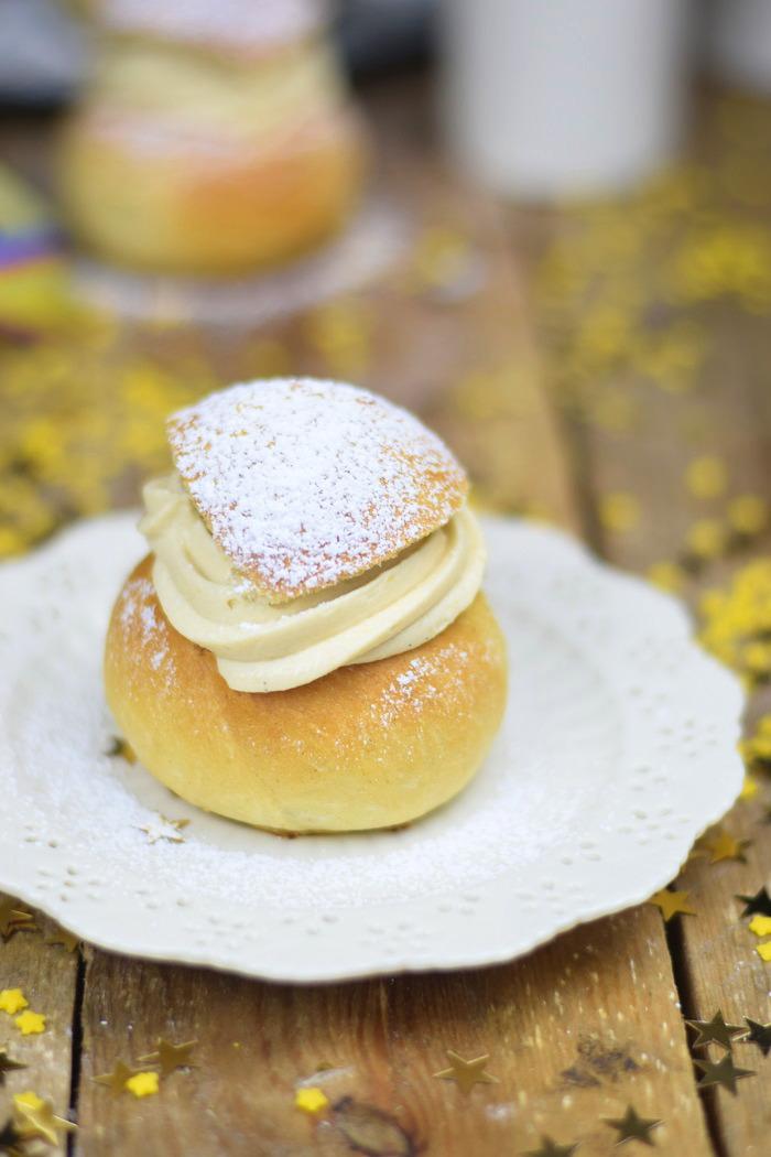 Semlor Schwedische Pfannkuchen mit Baileys Creme (6)