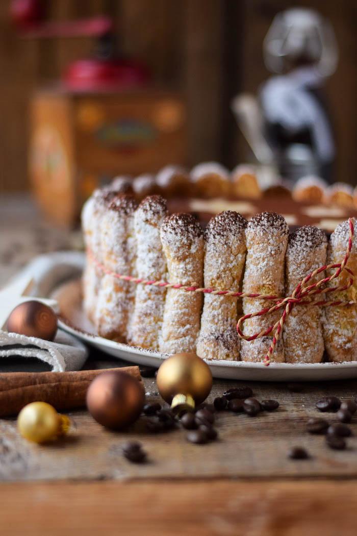 Tirmaisu Cheesecake Charlotte - Kaffee Kuchen mit Löffelbiskuit und Kaffeelikör (13)