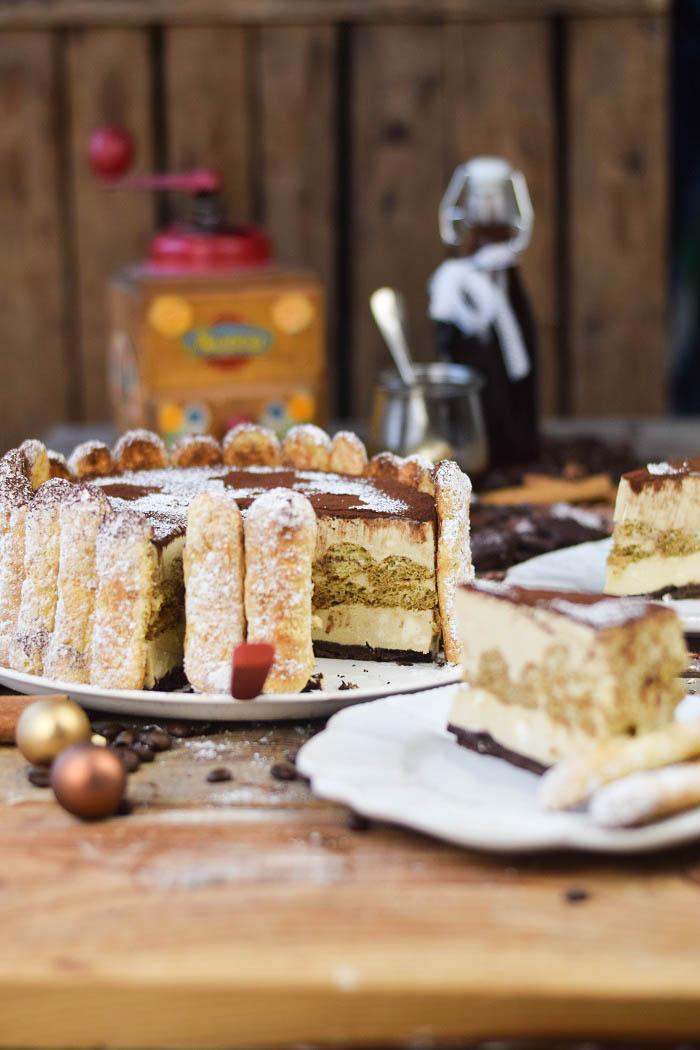 Tirmaisu Cheesecake Charlotte - Kaffee Kuchen mit Löffelbiskuit und Kaffeelikör (23)