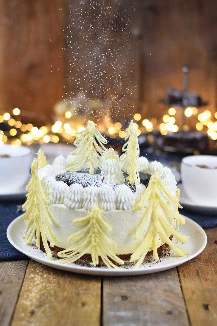 Winterliche Käse Sahne Torte mit Kirschkompott (2)