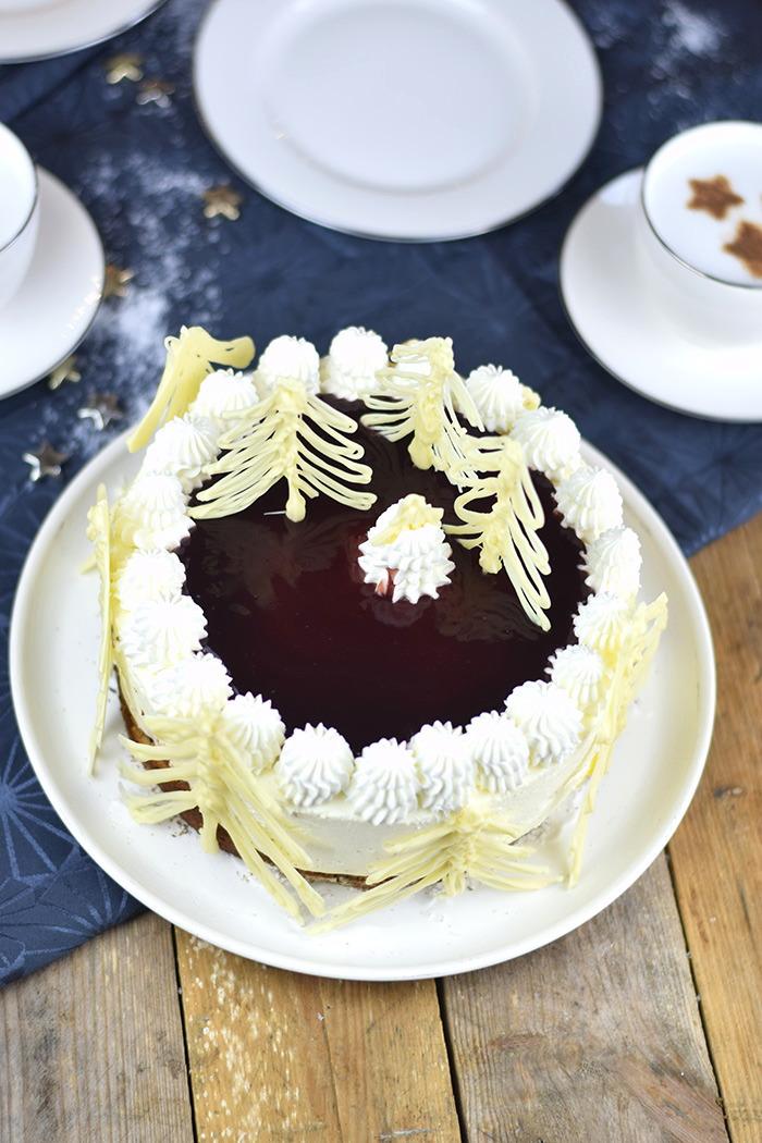 Winterliche Käse Sahne Torte mit Kirschkompott (3)