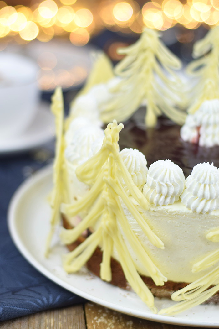 Winterliche Käse Sahne Torte mit Kirschkompott (4)